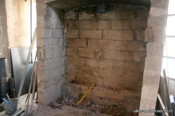 Sainte victoire - Demolition cheminee ancienne ...